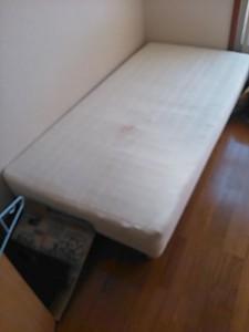 ベッド処分 千葉県 市川市 真間 ベッド回収 マットレス回収 マットレス処分 遺品整理 ベッド解体処分 寝具処分 寝具回収
