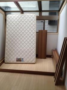 ベッドマットレス処分 千葉県 船橋市 西船 ベッドマットレス回収 不要品回収 不要品処分 不用品回収 不用品処分 廃品回収 単身引っ越し 単身引越し リサイクル引越し