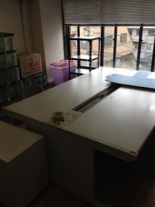 会議テーブル処分 会議テーブル回収 東京都 渋谷区 鶯谷町