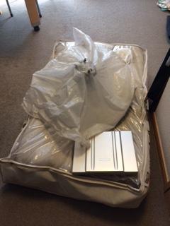 八千代市でノートパソコン ノート 毛布を回収いたしました。